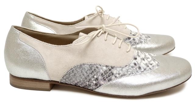 chaussures_femme_richelieu_maurice_manufacture_ellio_chevre_velours_argentee-baltico_mutli_bleute-chevre_velours_ecru